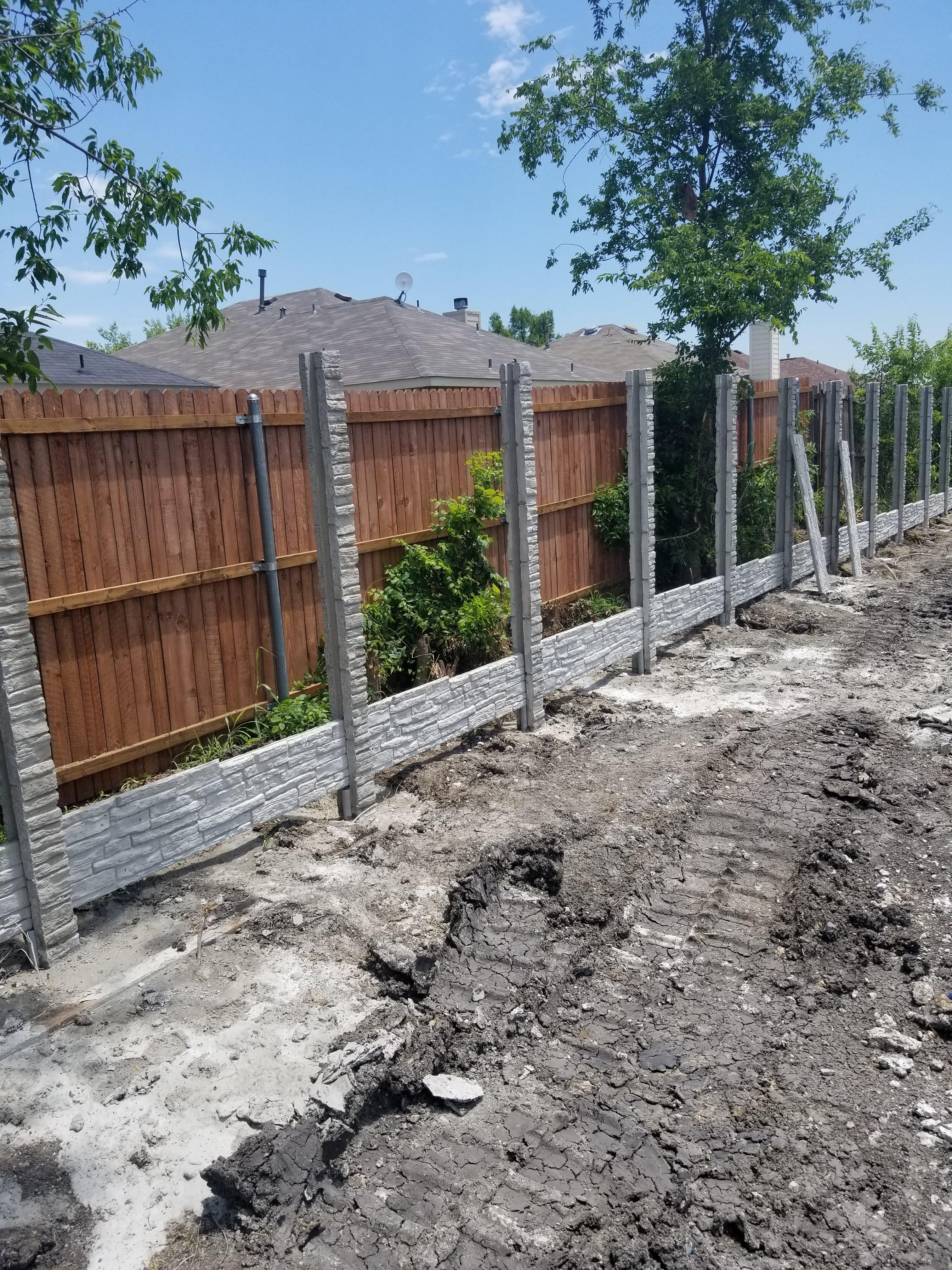 Forney TX precast concrete fence