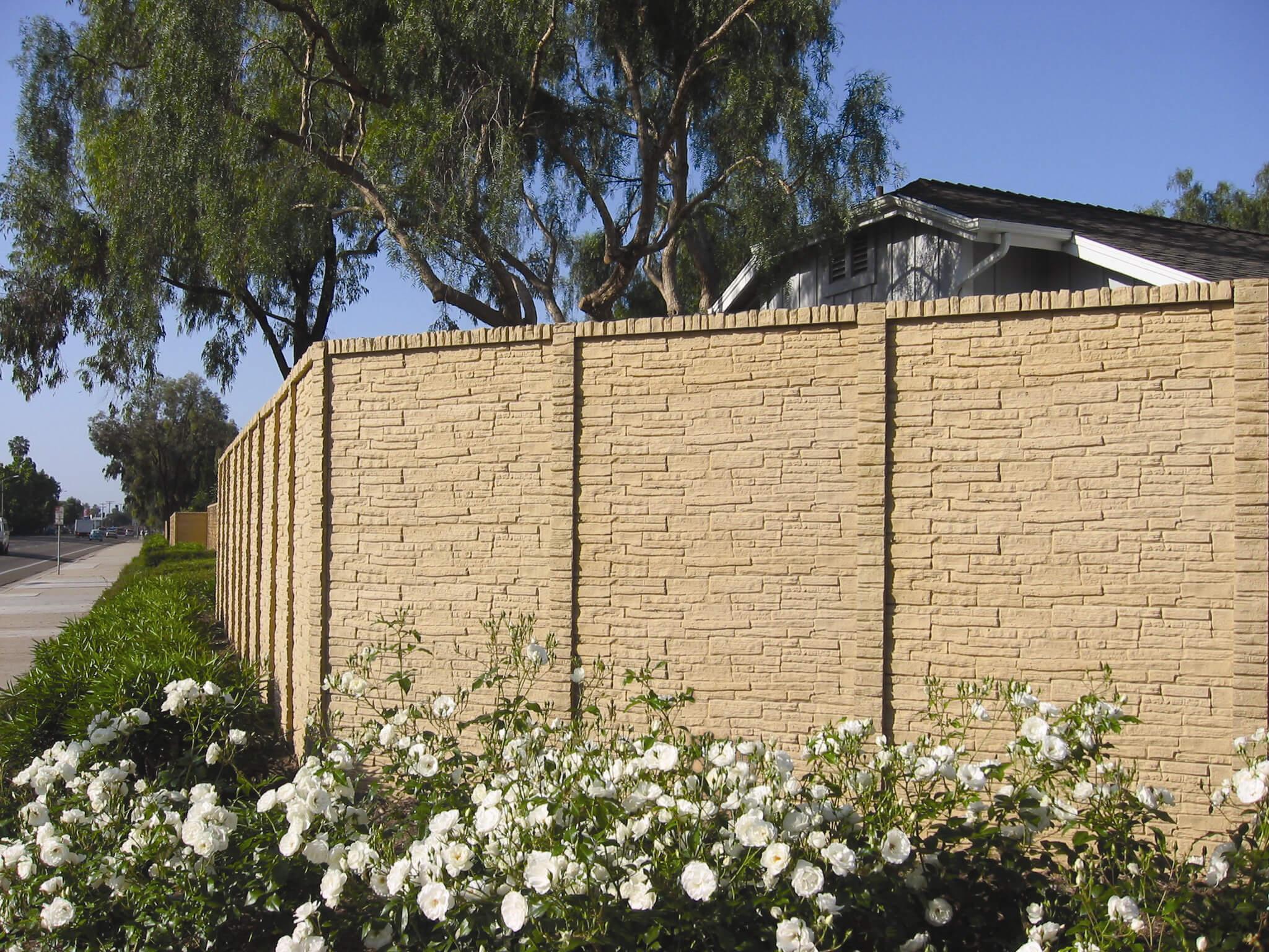 StackedStone concrete fence