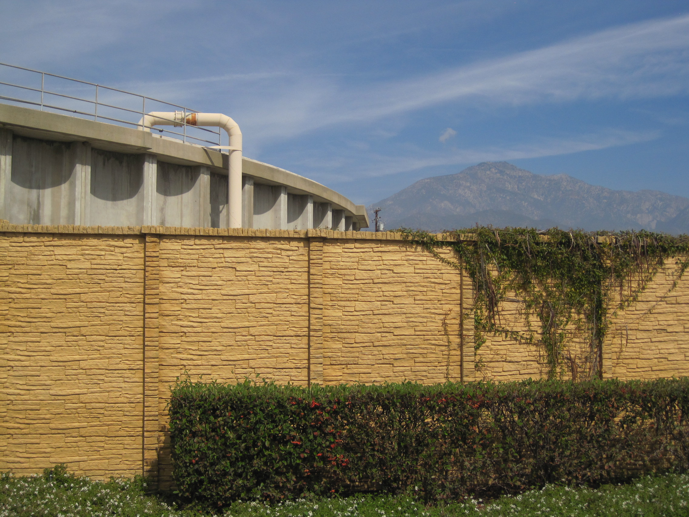 Precast Concrete Fence Water Booster Station